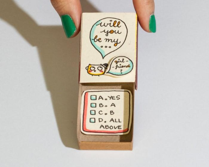 umelec-vytvara-vtipne-prekvapive-odkazy-v-zapalkovych-krabickach-17