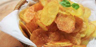 Pečené zemiakové čipsy | Recept na zdravšiu alternatívu obľúbenej pochúťky!