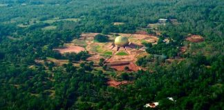 Utopické mestečko Auroville - ako sa žije bez vlády, peňazí, áut a alkoholu?