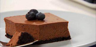 Čokoládový cheesecake s korpusom z Oreo sušienok | Recept