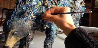 Sochy Ellen Jewett spájajú rastlinné vzory so zvieracími postavami