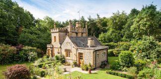 Najmenší anglický zámok Molly's Lodge je na predaj. Ráčte vstúpiť