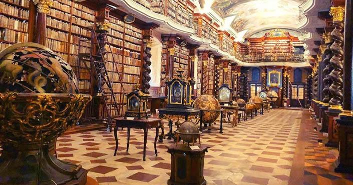 Knižnica Klementinum   Najkrajšia knižnica sveta sa nachádza v Prahe