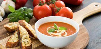 Krémová polievka z pečených paradajok a papriky | Recept