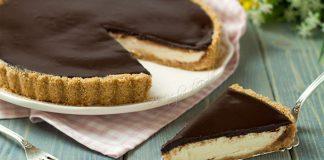 Nepečený tart s čokoládovou polevou | Recept, ktorý si zamilujete
