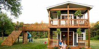 Záhradný domček na hranie, ktorý postavil, je splneným snom jeho dcér