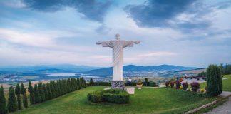 Rio de Klin: Monumentálna socha Ježiša Krista nad oravskou prírodou