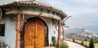 Dom ako z fantasy príbehu o drakoch stojí 6,5 milióna eur | Ed Bemis