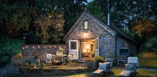 Kamenná chalúpka v rustikálnom štýle | Romantické bývanie pre dvoch