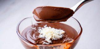 Domáci čokoládový puding bez vajec v priebehu pár minút | Recept