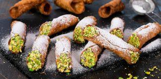 Sicílske cannoli | Recept na tradičný dezert pripravíte na stovky spôsobov