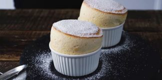 Vanilkové suflé | Recept na jemný nadýchaný dezert ľahší ako obláčik!