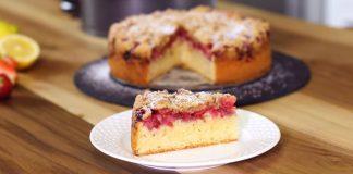 Jahodový koláč s posýpkou jemný ako obláčik, šťavnatý i chrumkavý
