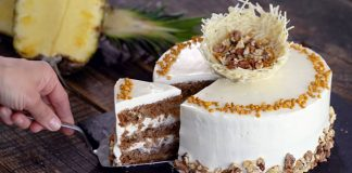 Kolibríková torta Hummingbird Cake | Recept ananásovo-banánový dezert